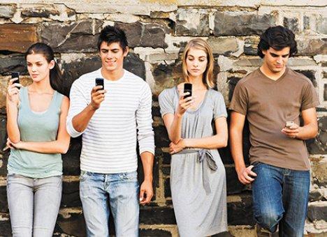Почему важно чаще заводить новые знакомства?